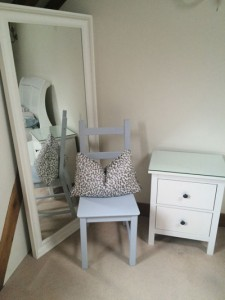 shabby-chic-furniture-paint