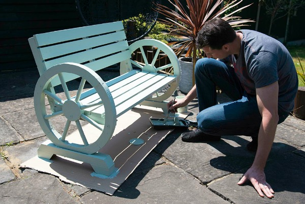 garden furniture paint for a bench