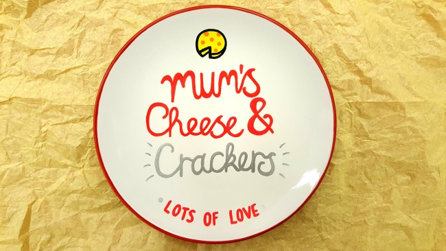 mums-cheese-and-crackers-plate