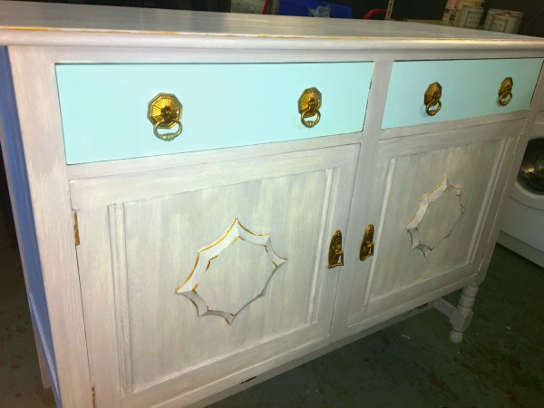 Shabby Chic Dresser With Chalk Paint