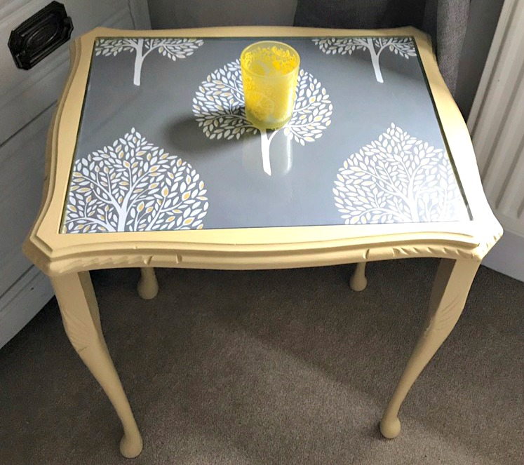 Diy Shabby Chic Coffee Table: Beautiful DIY Shabby Chic Coffee Table Idea With Wallpaper